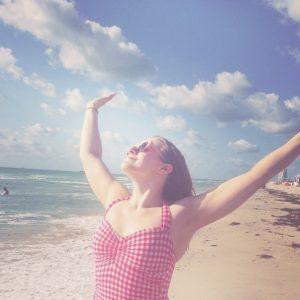 beach-dancing
